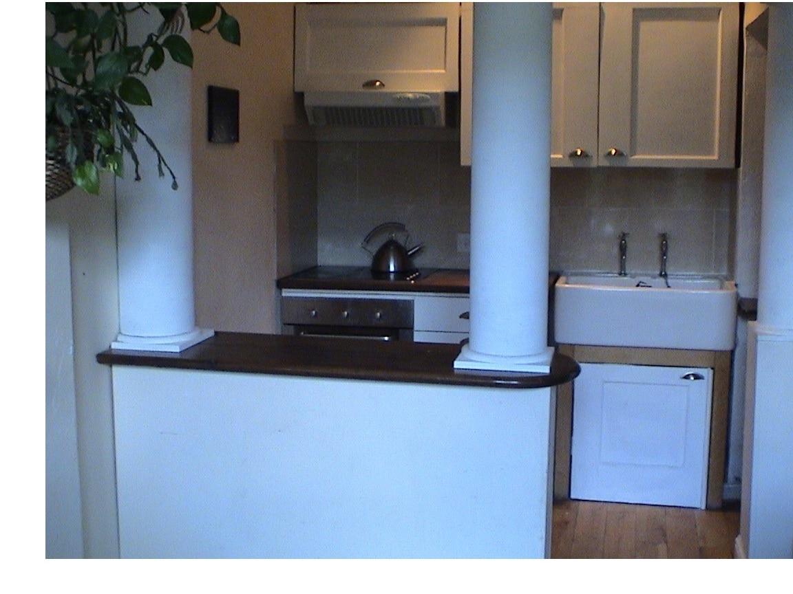 Modern kitchen, beautifully made.