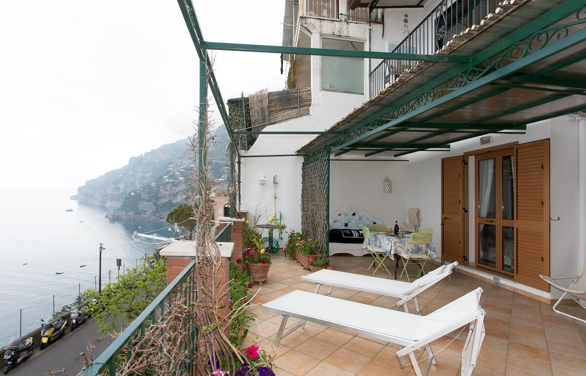 A dream spot in central Positano!!!