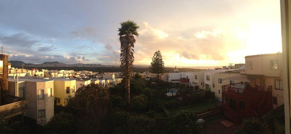 SF Oasis with views of Ocean Beach