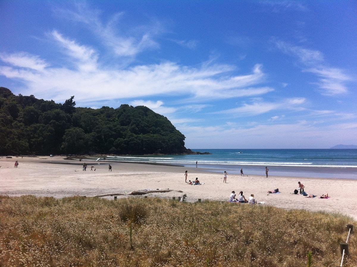 Waihi Beach Getaway - Studio & Deck