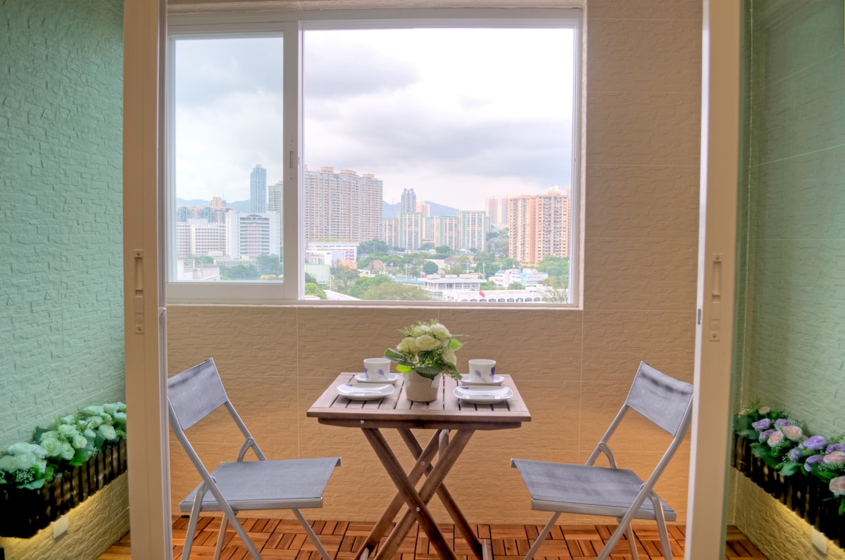 great TsT View & balcony 2 bed room