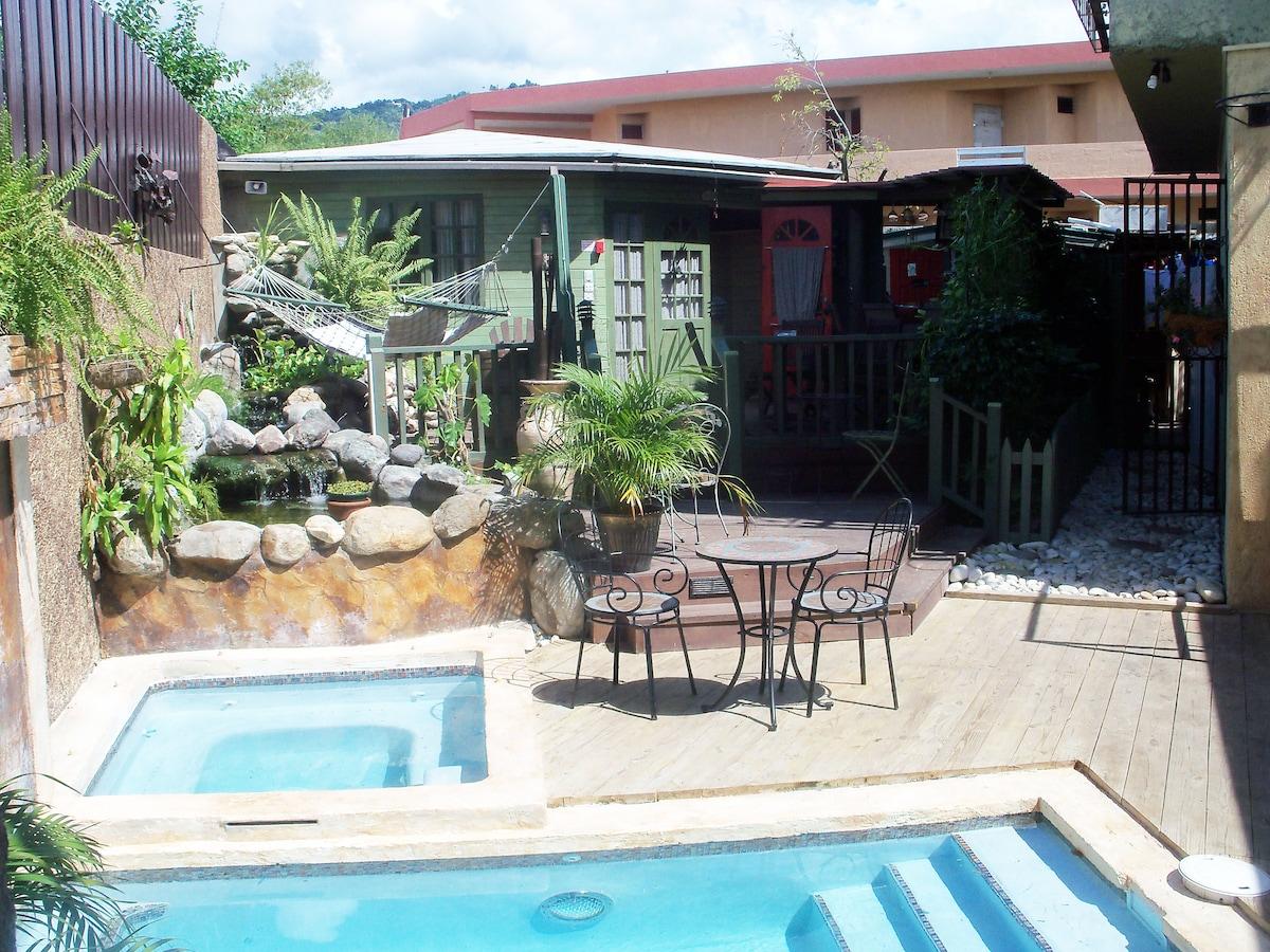 132 Guest House Paradise