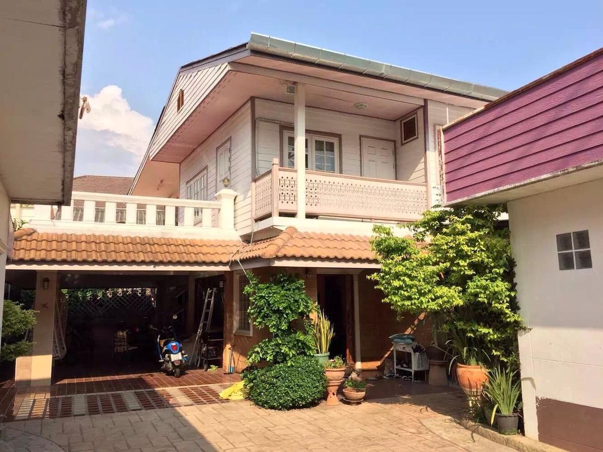 清迈娜娜之家,您旅途上的另一个家