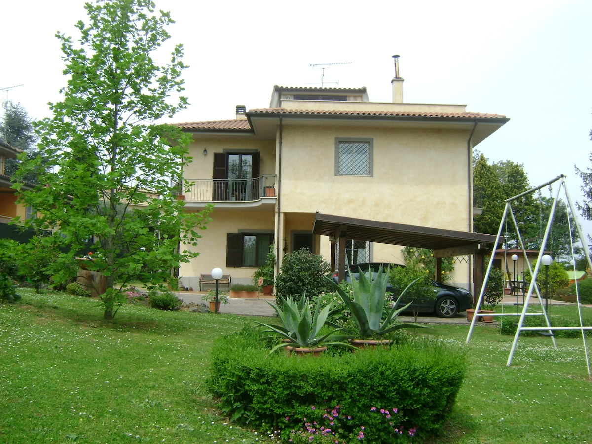 A villa apartment, close to Rome