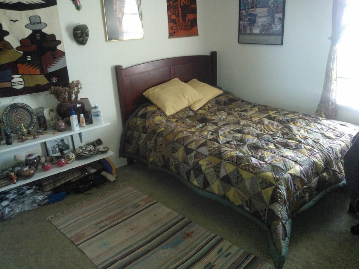 guest room.1