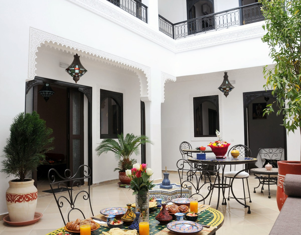 Riad Jemaa el Fna Sq - Sable room