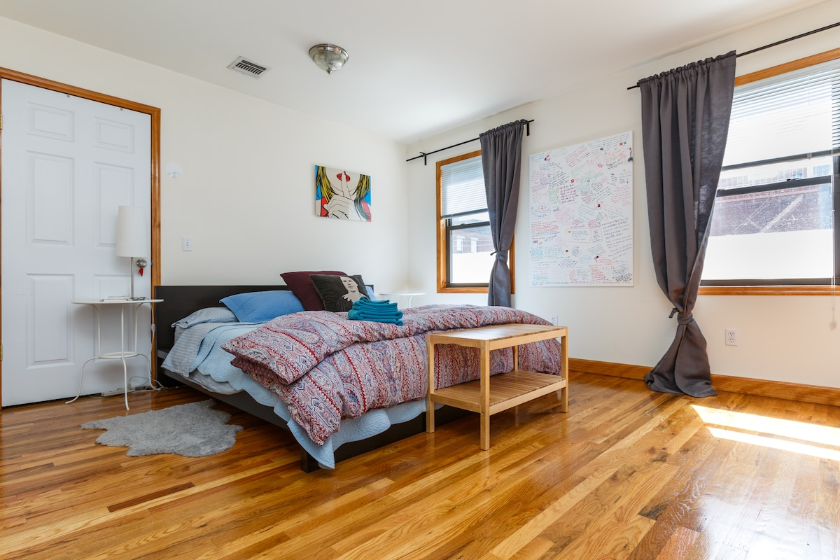 King size bed, lots of closet space, direct access to second bathroom