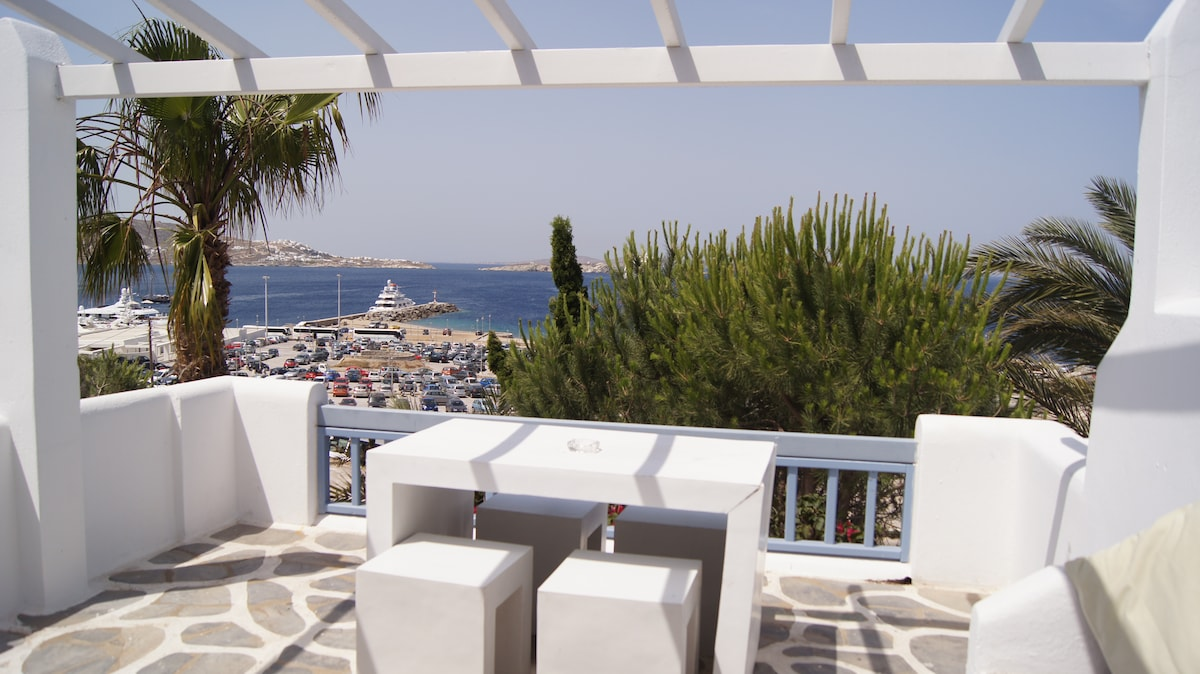 Mykonos town apartment B