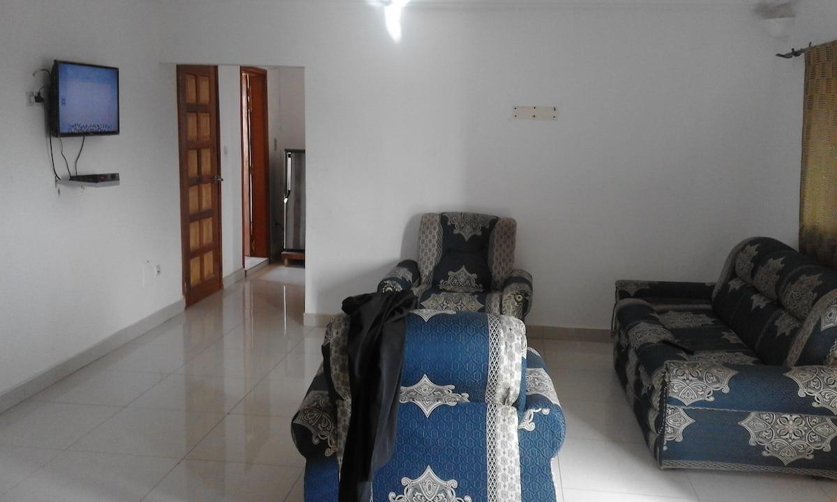 Maison des Hotes / Guest House