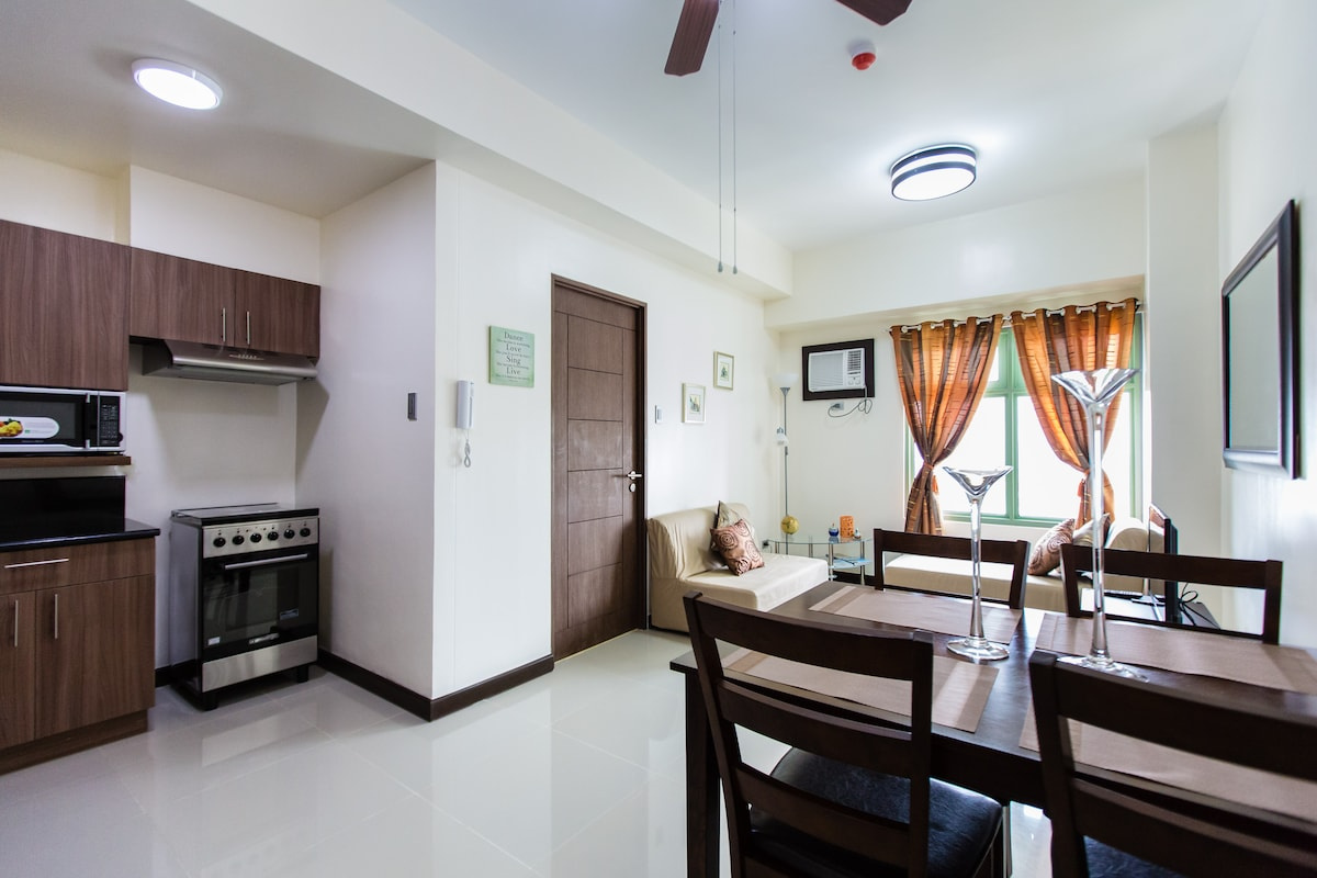Fully Furnished 1 BR in Quezon City