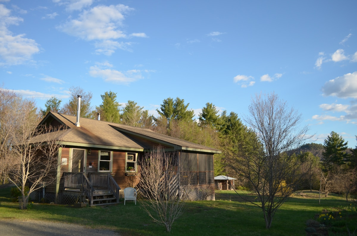 Private suite in rural Conway, Mass