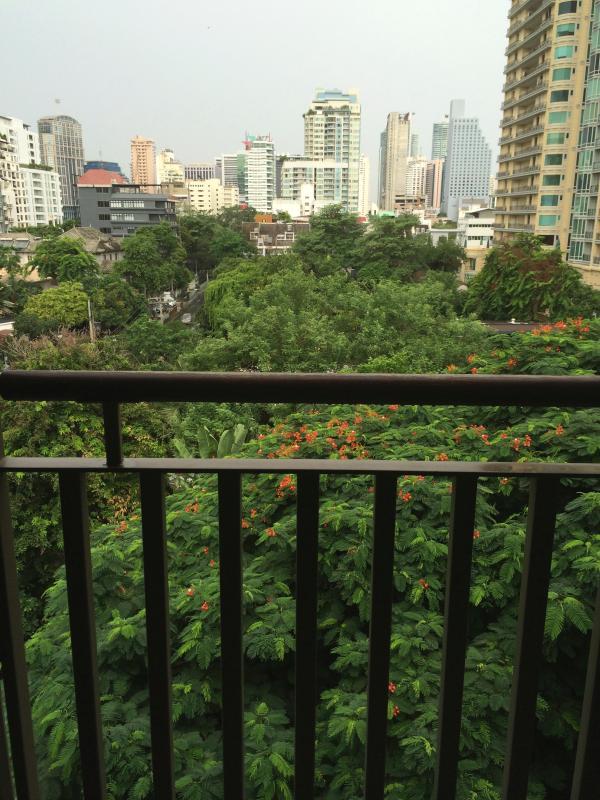 1 bedroom condo heart of Bangkok