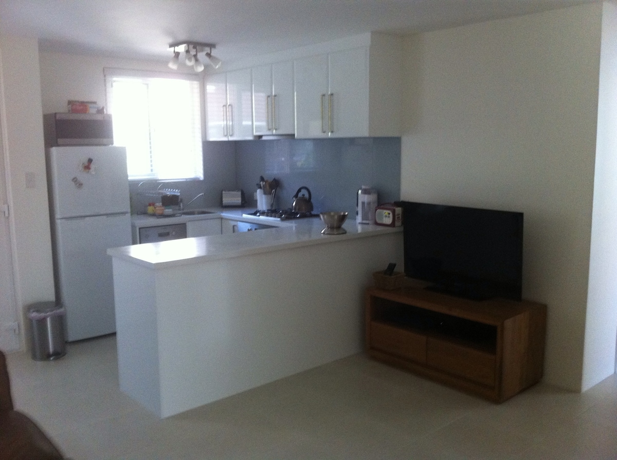Double Room in Beautiful Apartment