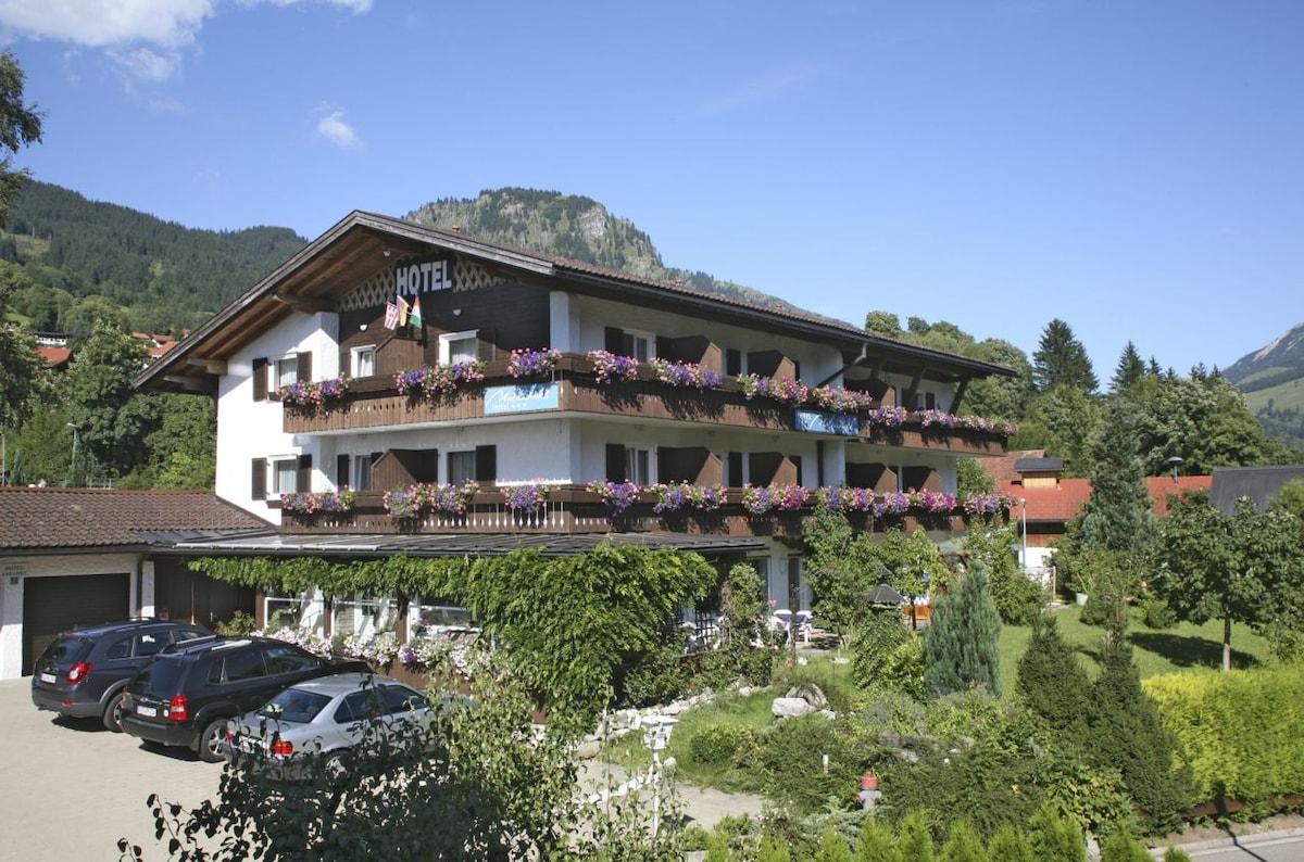 Hotel Garni/Pension Malerwinkl
