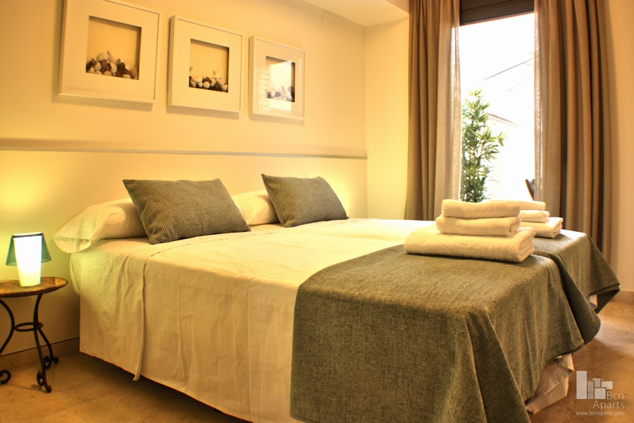 Fira Barcelona Apartment 2/3 for 8p