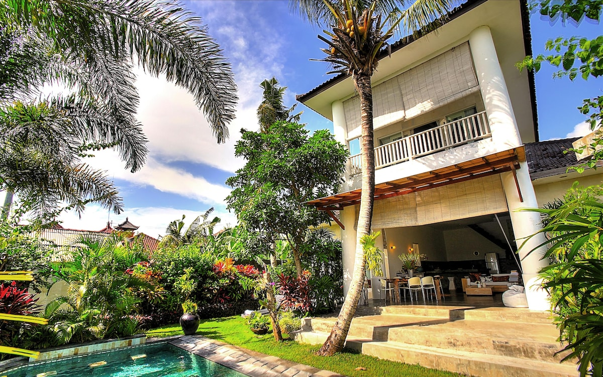 Gorgeous villa in Canggu Echo beach