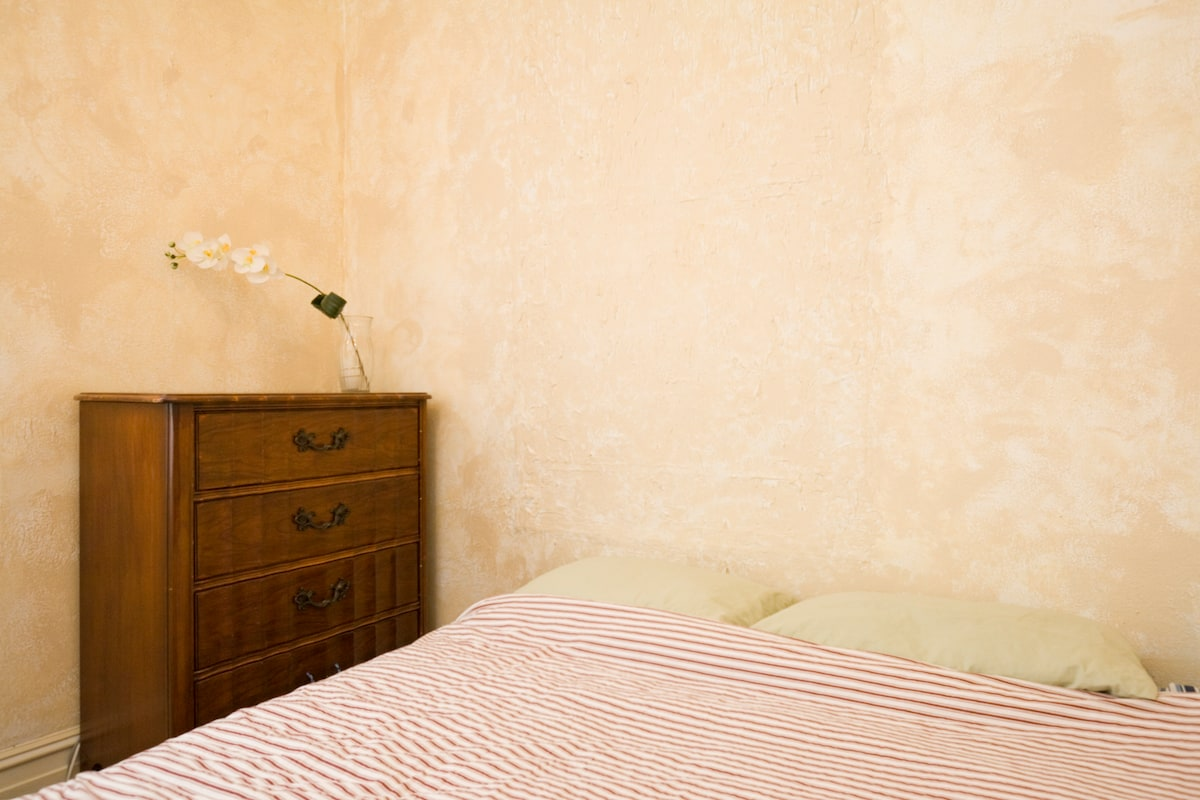 Mission Outr Rustic Pvt Bedroom