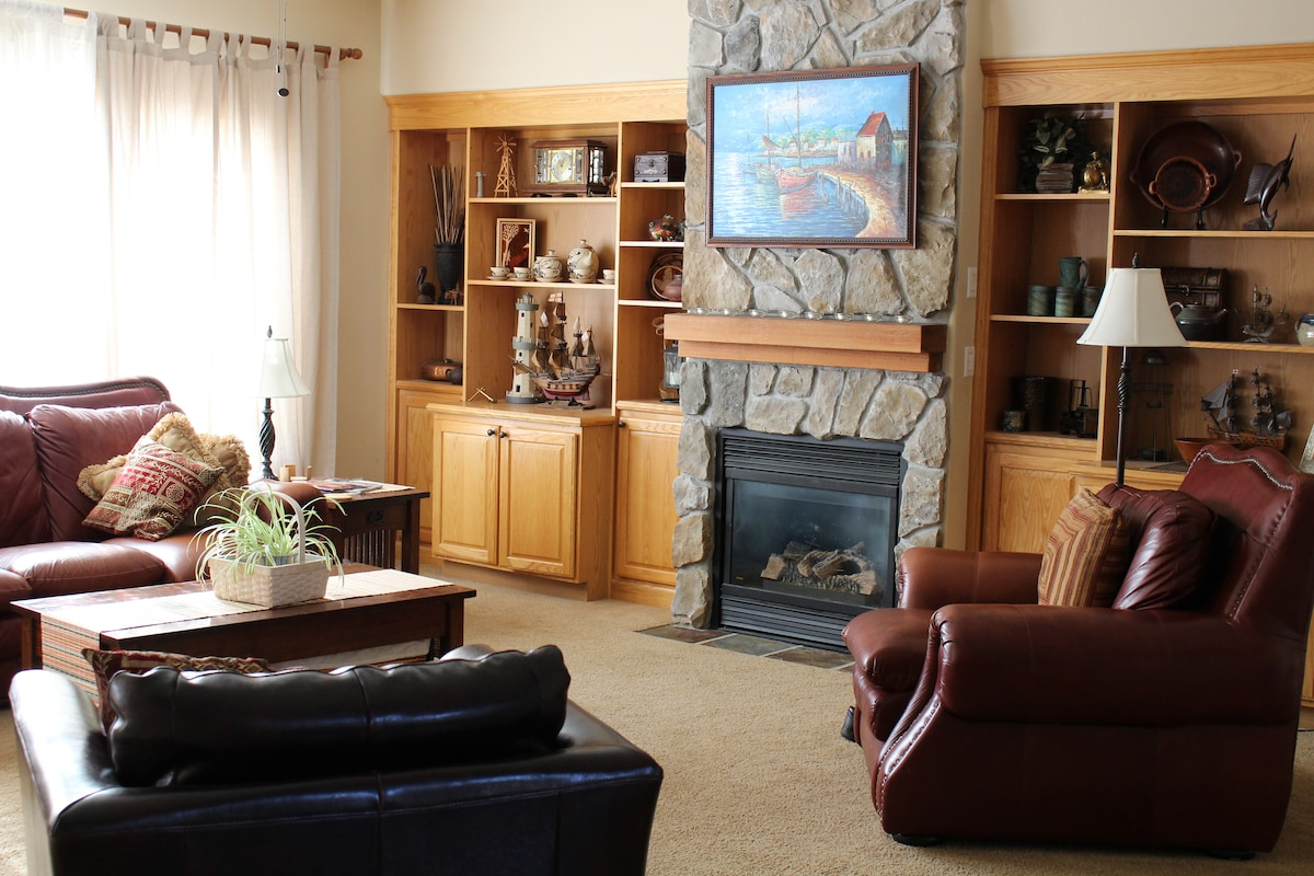 Forest Grove Retreat