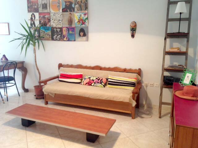 Lovely Athens Holiday Flat Let