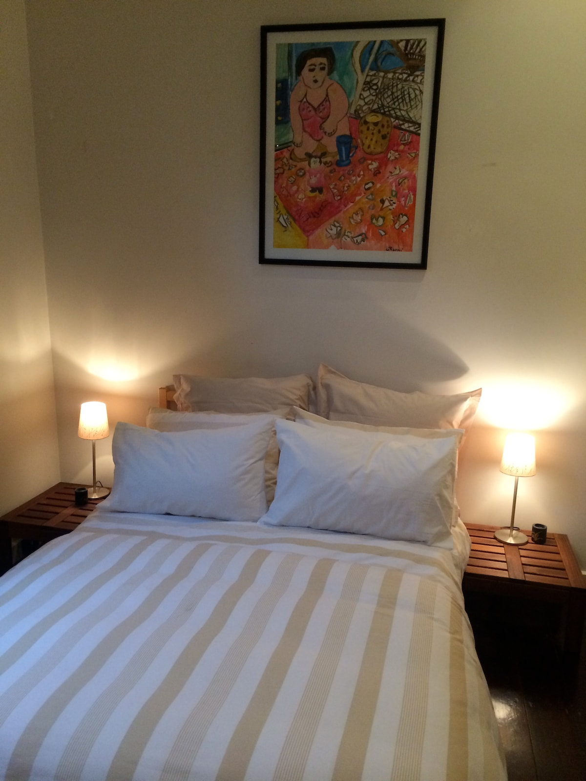 The white room cosy double bed with ample wardrobe space
