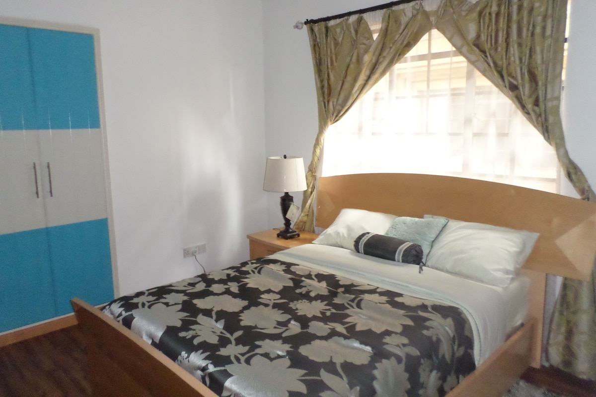 Bed and Breakfast in Lavington