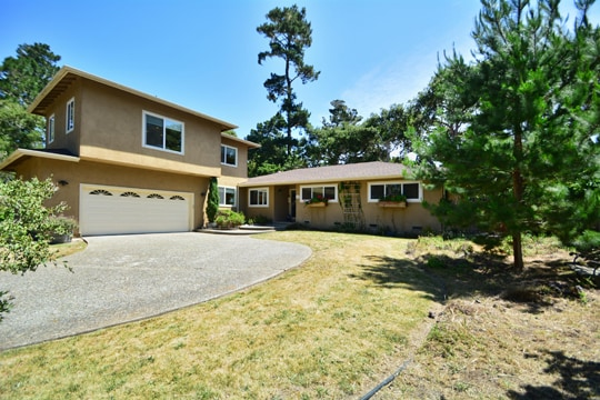 Pebble Beach Home Near Golf Links!