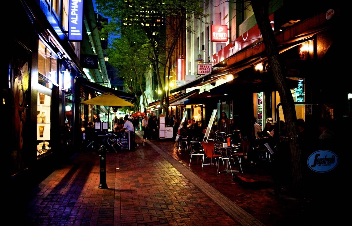 THIS IS MELBOURNE Hardware Lane CBD