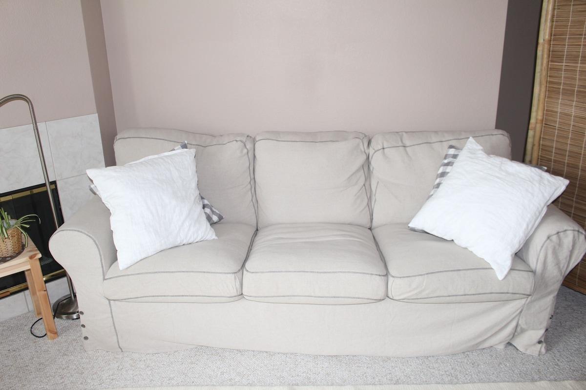 Comfy Sofa/Futon near BART