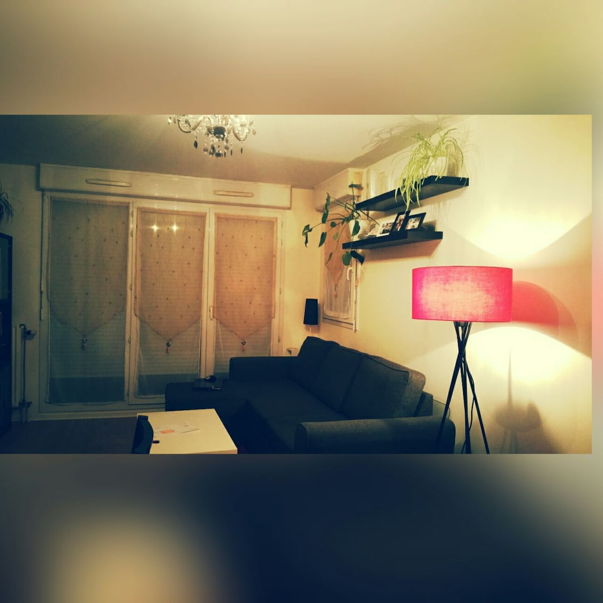 private room-twin beds-metro paris