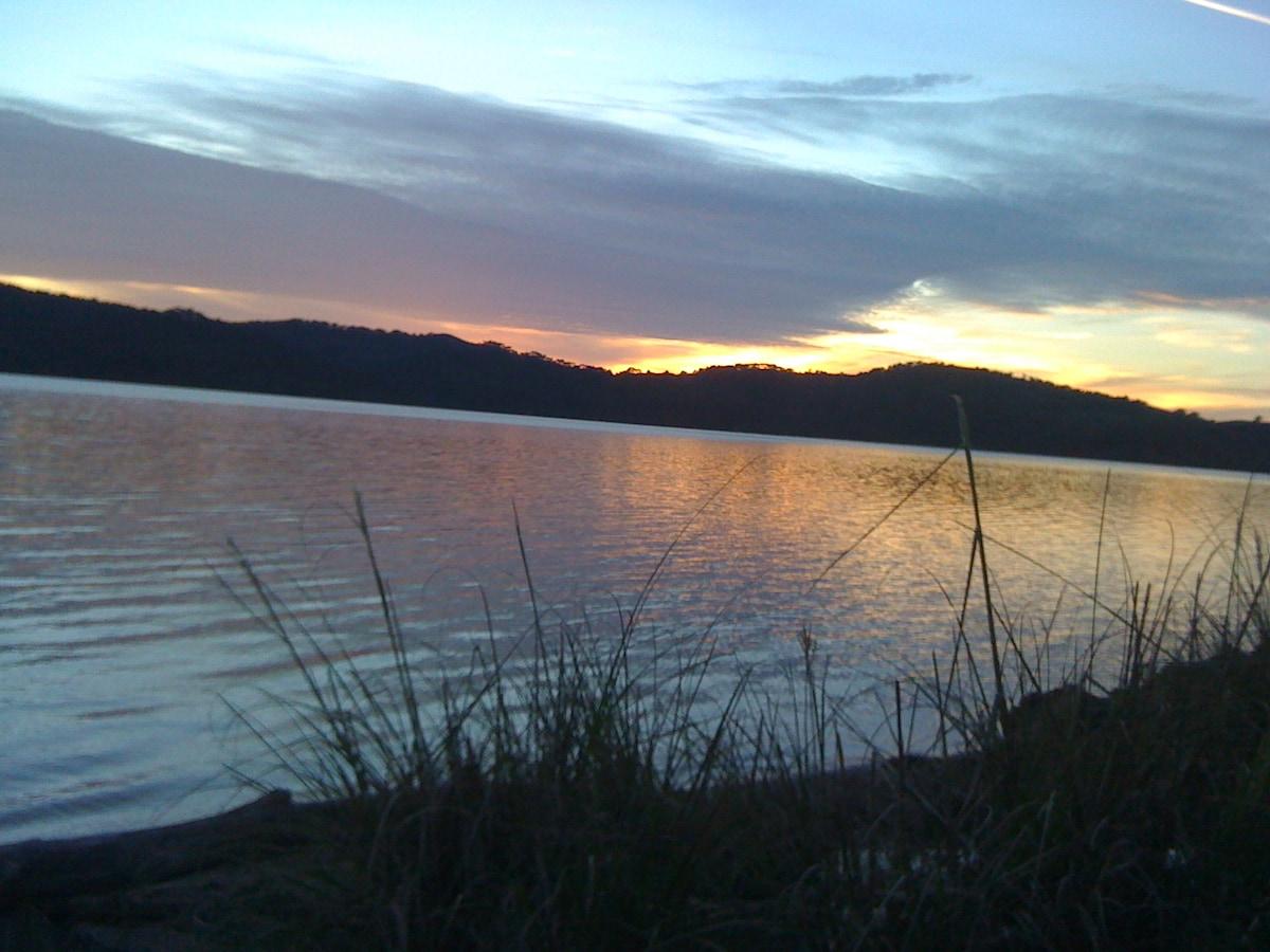 Tomales Bay Retreat