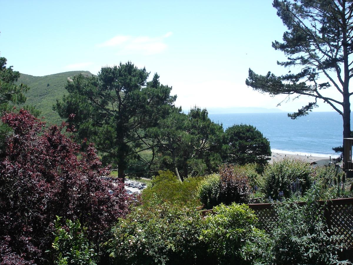 MUIR BEACH HOUSE WITH OCEAN VIEW