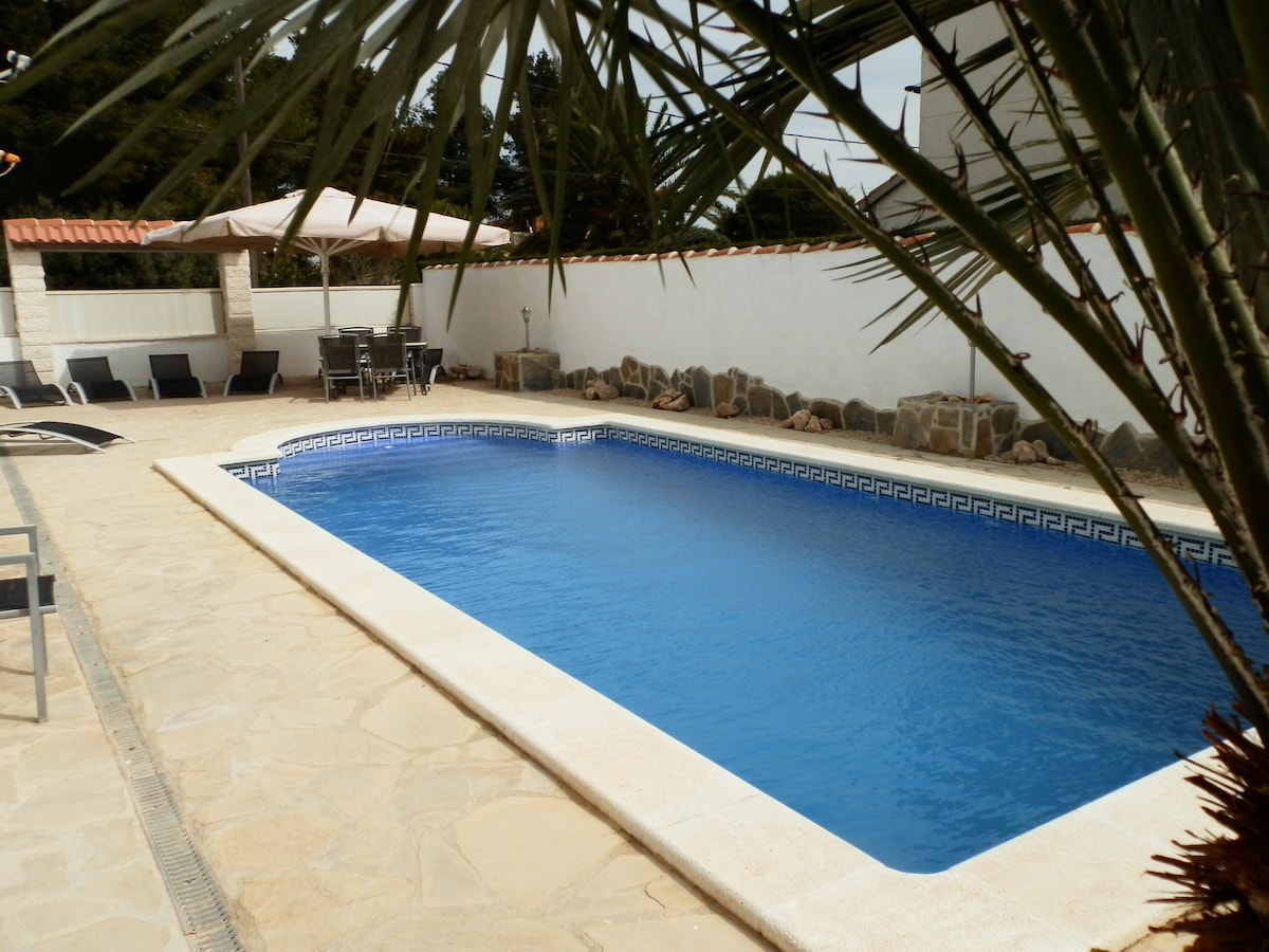 villa casa chris 4bed&bath sleeps12