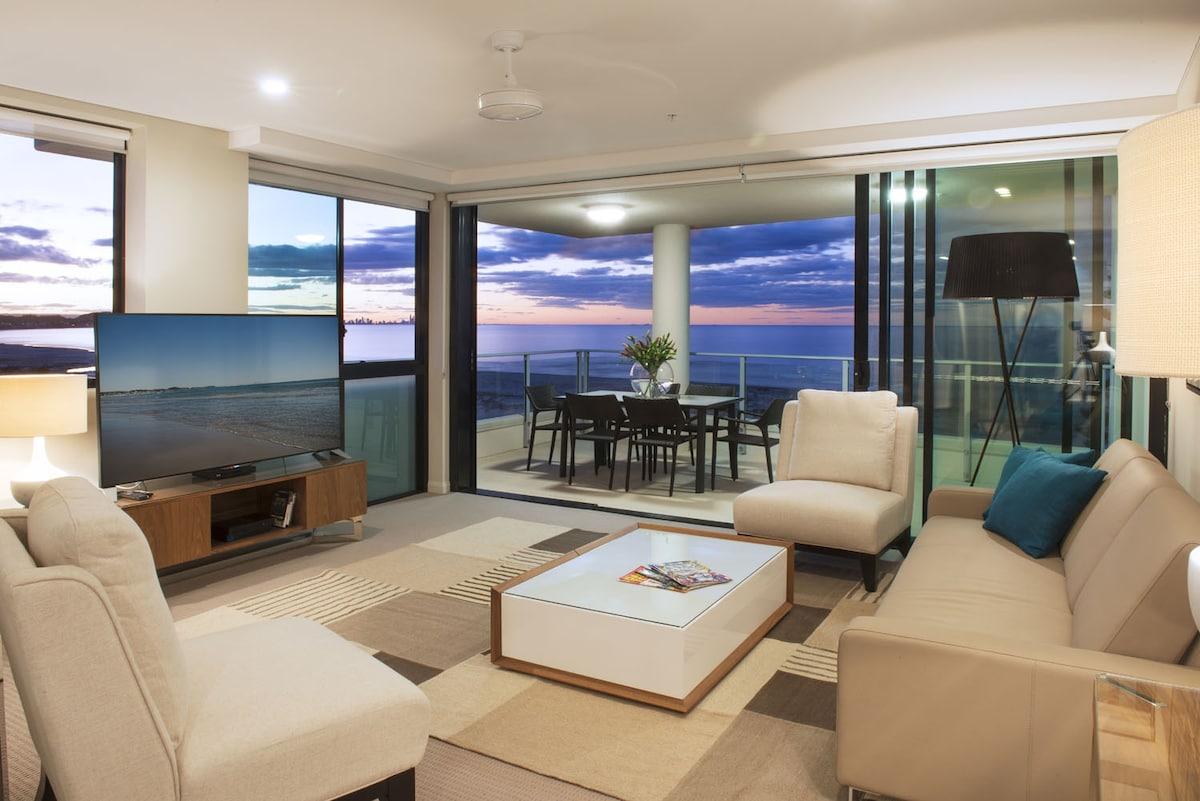 2.5 Bedroom Sky Home Kirra Beach