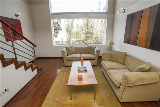 Lima | 1BR Lux Duplex in San Isidro