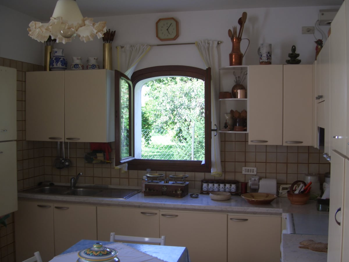 Kitchen providing everything you need for cooking