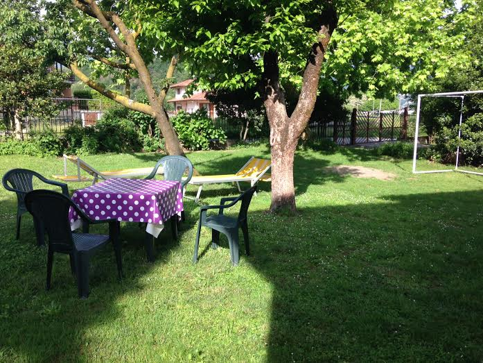 20 meters from the lake, garden!