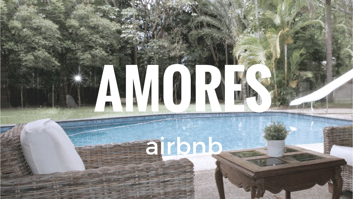 AMORES airbnb gold coast
