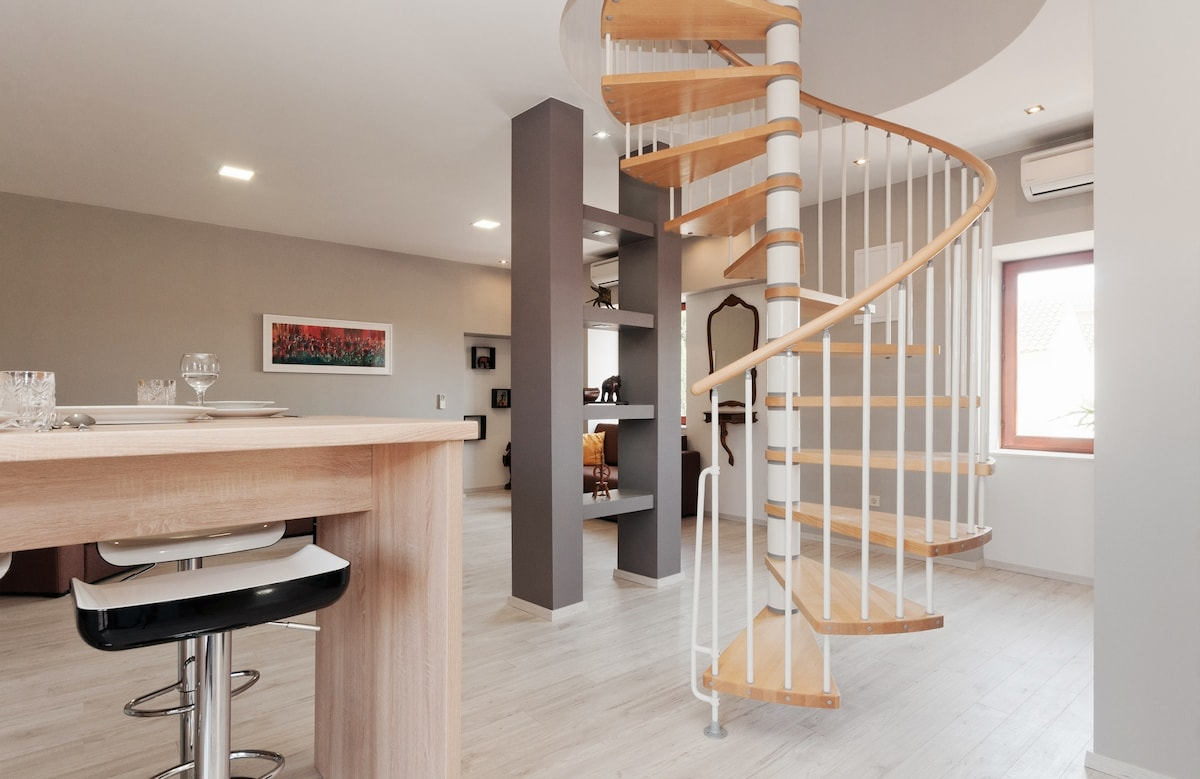 Ravelin apartments