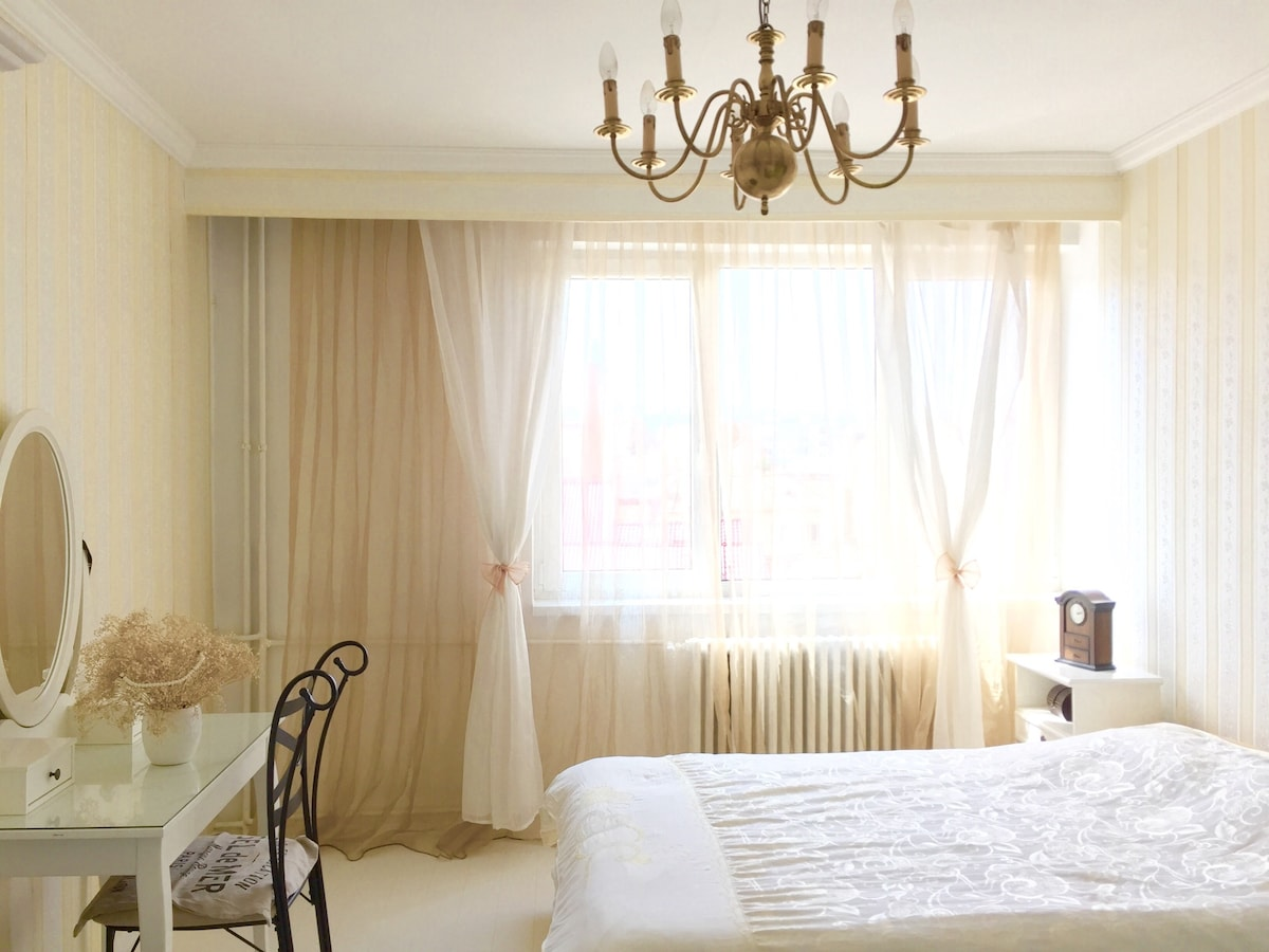 What can be more relaxing than a white bedroom