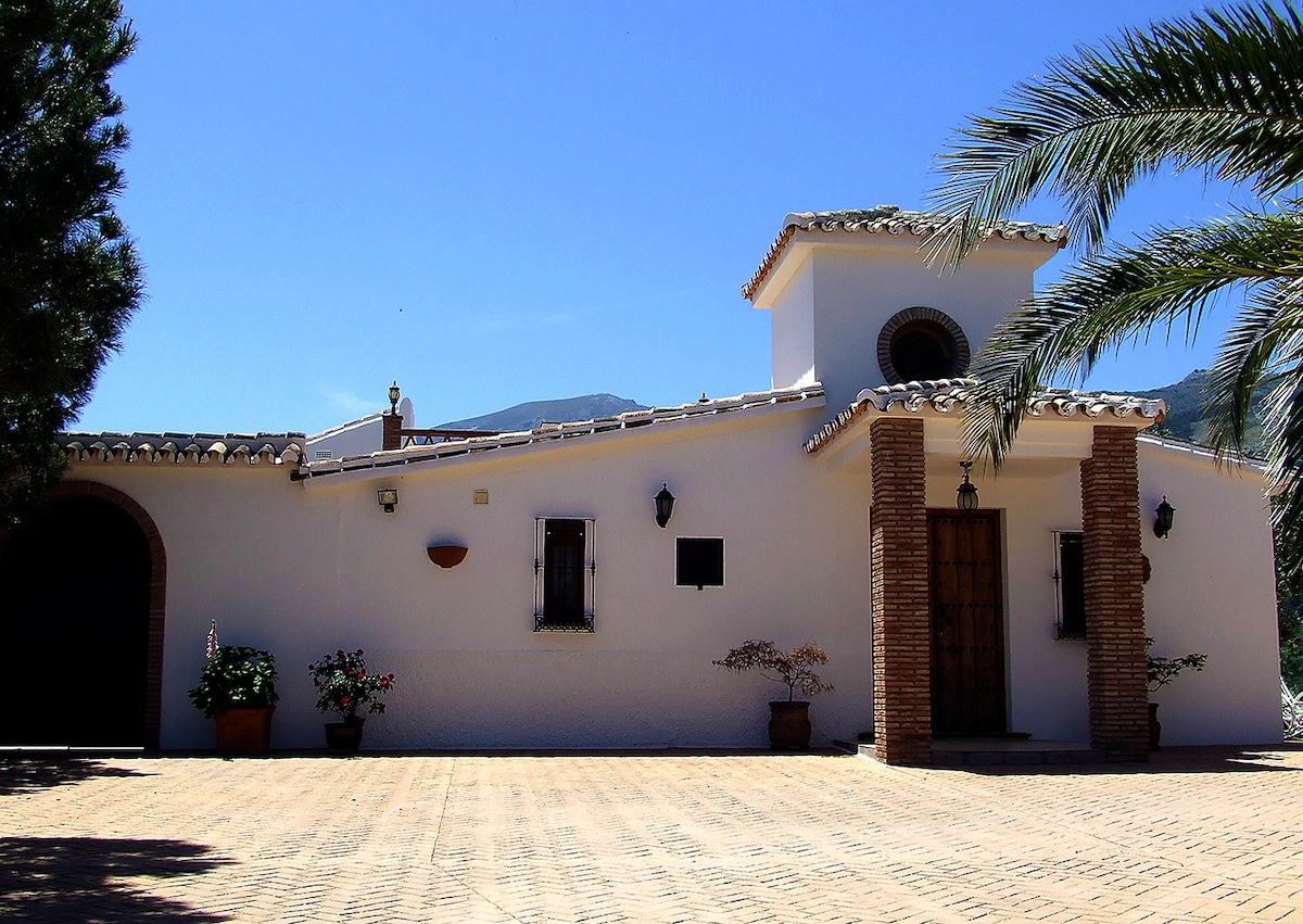 A Piece of Paradise in Andalucia