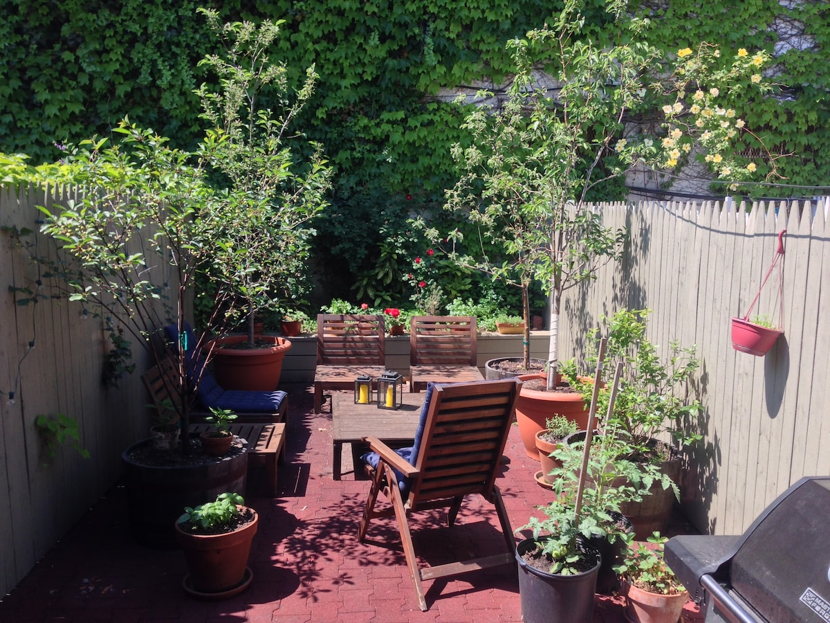 Private floor and garden in Gowanus