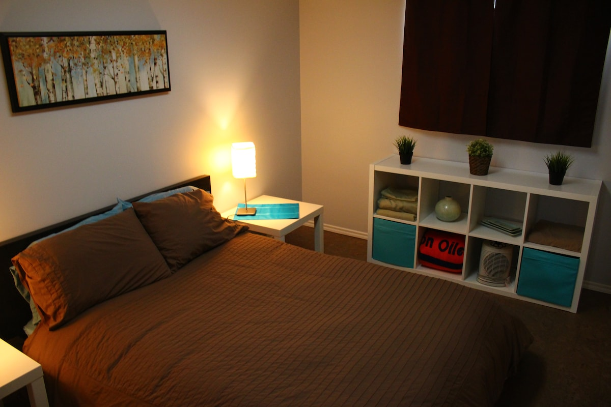 newly renovated bedroom with double bed and hypoallergenic mattress cover and pillows.