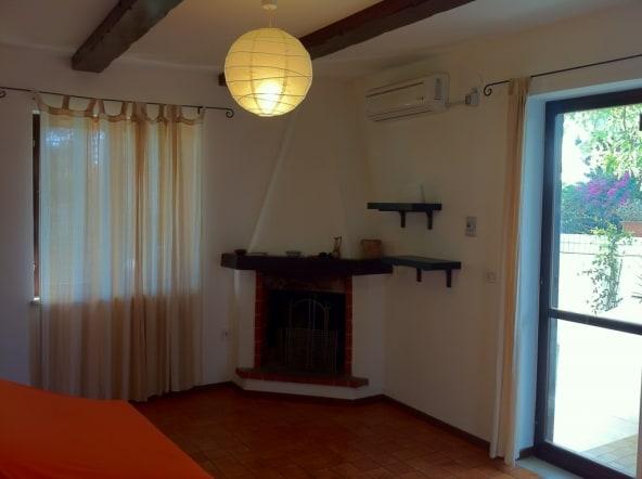Villa 8 p 2p. indip. porto pironeTA