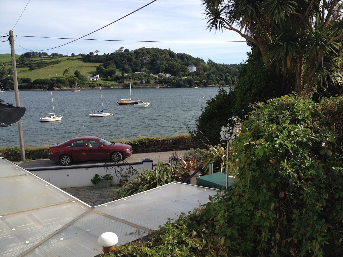 West Cork: charming seaside cottage