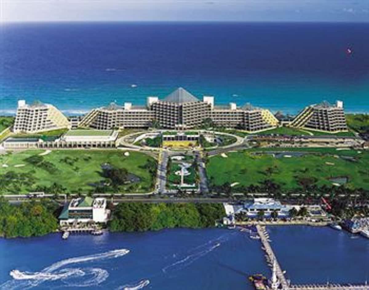 Club Melia Paradisus Cancun Resort