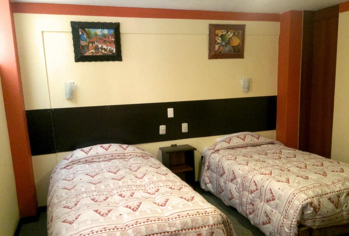NEW TWIN ROOM