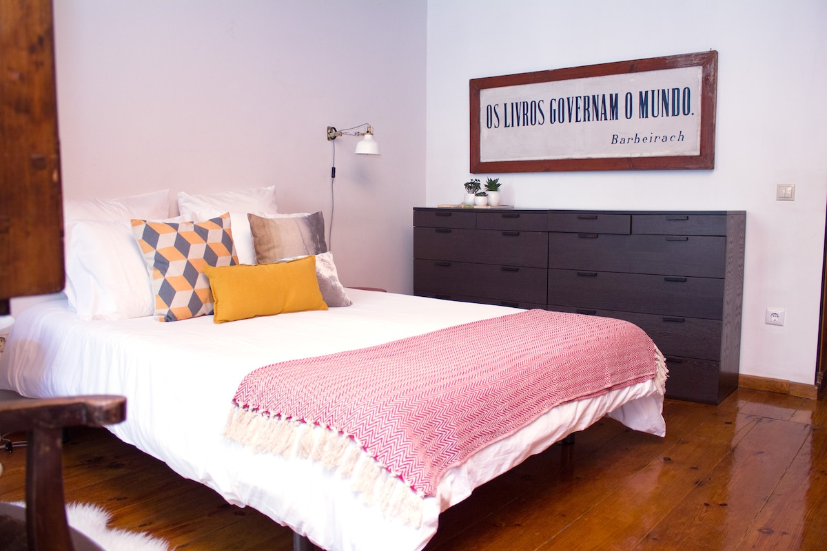 Charming Ribeira apartment