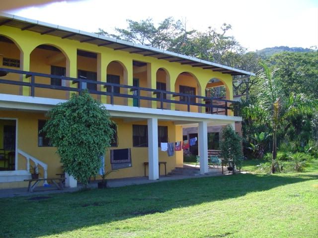 HOTEL ESCAZU 6