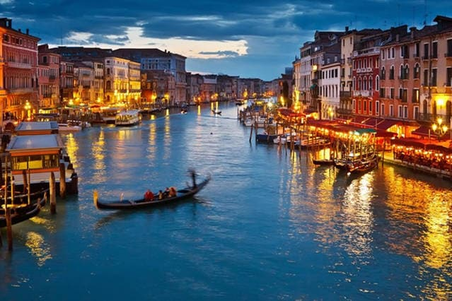 Only 10 minutes from Venice