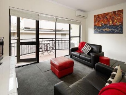 Boutique 2BR City Apt-VERY CENTRAL!